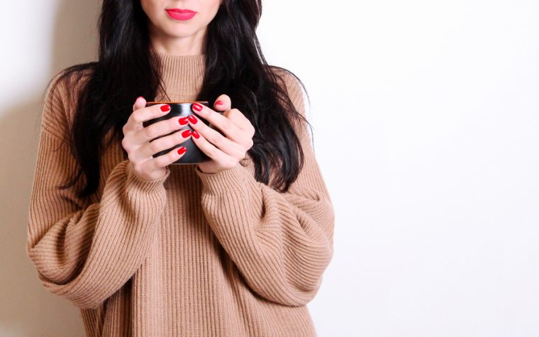 Feeling Like Fall: 5 Ways to Stay Warm with Lupus in Cool Weather